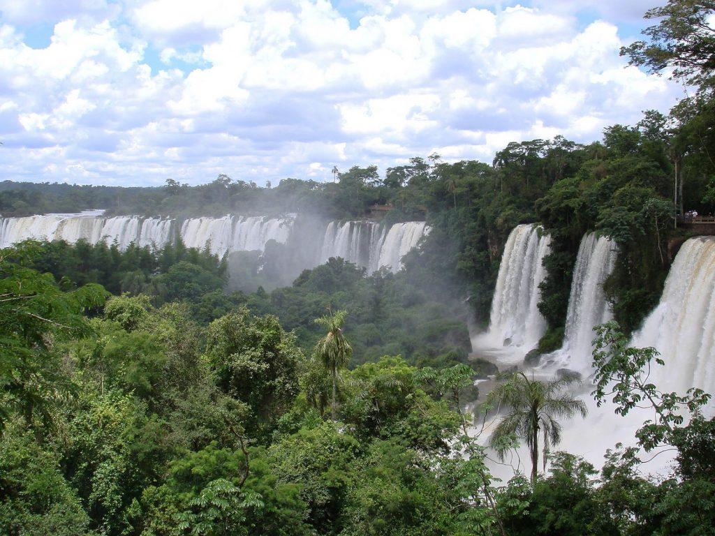 Iguacu - wodospad w Brazylii